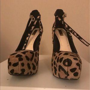 Cheetah stiletto heels
